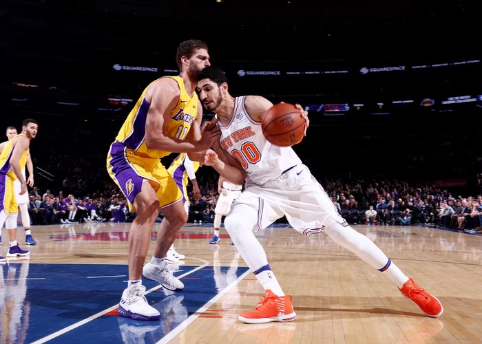 Knicks Head to Los Angeles to Face Lakers