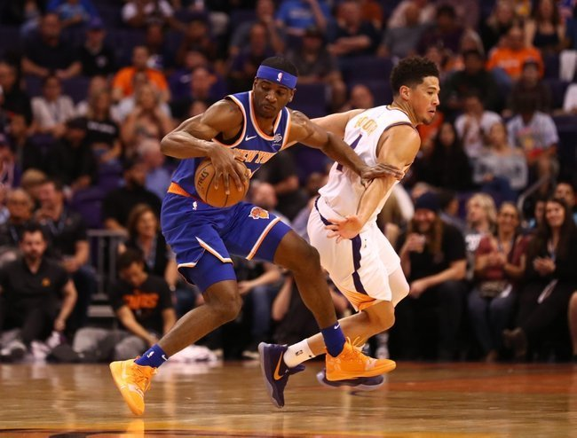 Booker Unloads 41, Suns Stamp Out Knicks in Phoenix