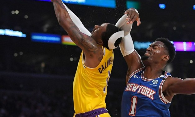 Knicks Outmuscled by LeBron James, Lakers in L.A.
