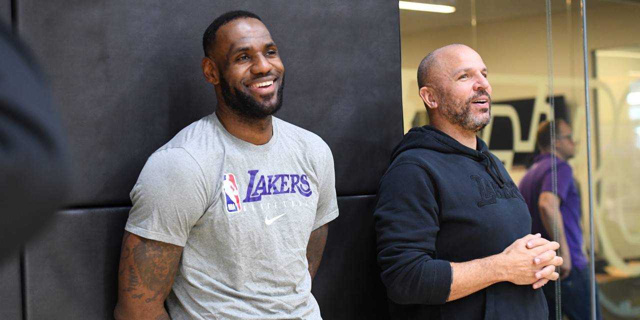 Report: Knicks to Interview Lakers Assistant Coach Jason Kidd
