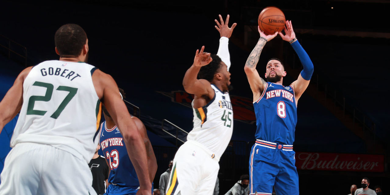 Austin Rivers Erupts Lifting Knicks Over Jazz The Knicks Wall