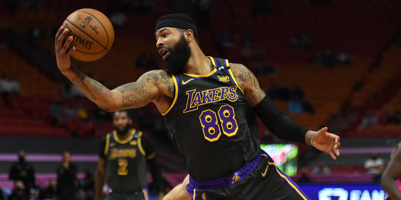 Knicks Host Lakers to Close Out Homestand, Look to Extend Win Streak to Three Games