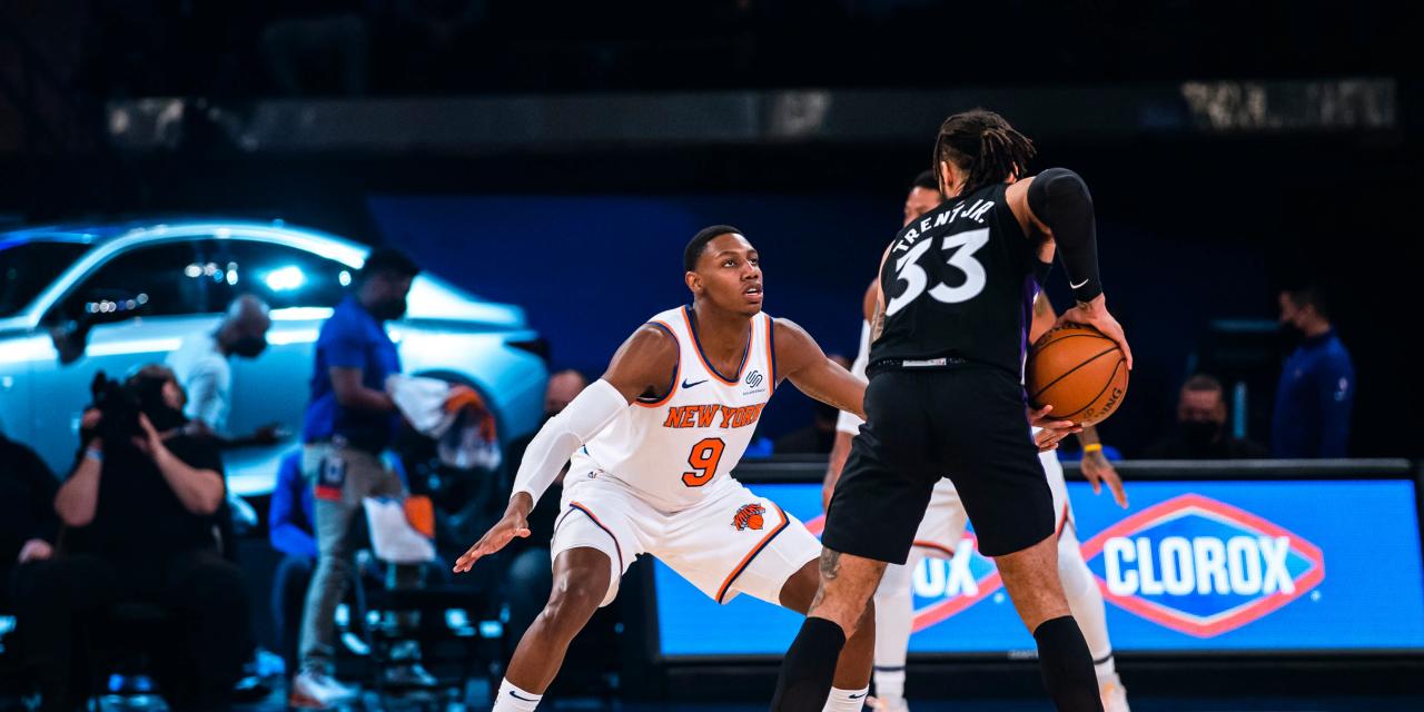 RJ Barrett Provides More Crunch Time Heroics as Knicks Survive Raptors