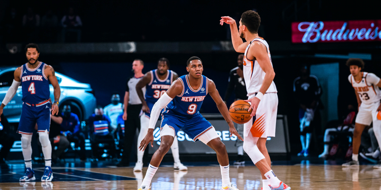 Knicks Travel to Phoenix, Looking to Rebound After Prior Loss Against Suns