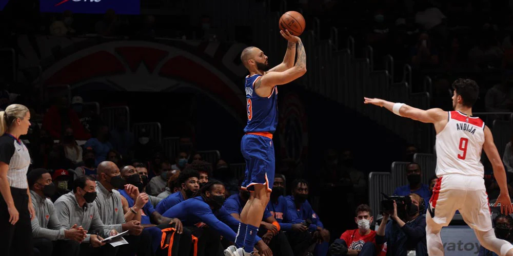 Knicks Launch 52 Threes, Down Wizards 117-99 in Preseason Contest